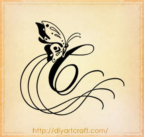 tatuaggi lettere c free minds tatuaggio scritta lettera c stilizzata in