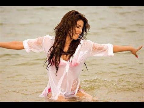 priyanka chopra hollywood movie action free aitraaz akshay kumar priyanka chopra superhit