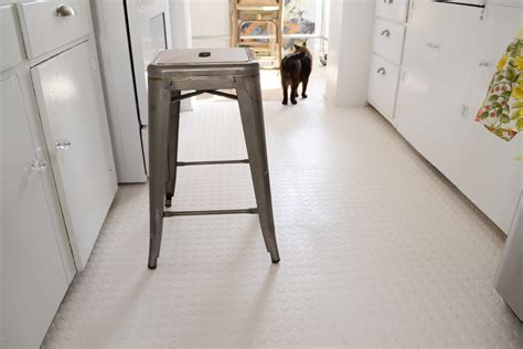 Rubber Room: Portable Kitchen Tiles   Living in a Nutshell