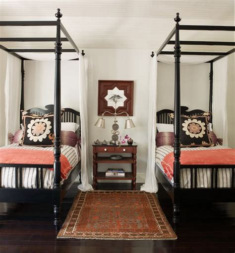 twin poster bed black twins four poster beds and poster beds on pinterest