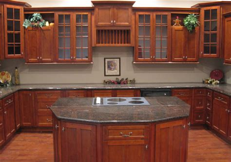 Kitchen Ideas Cherry Cabinets Cherry Shaker Kitchen Cabinets Home Design Traditional Kitchen Columbus By Cabinets