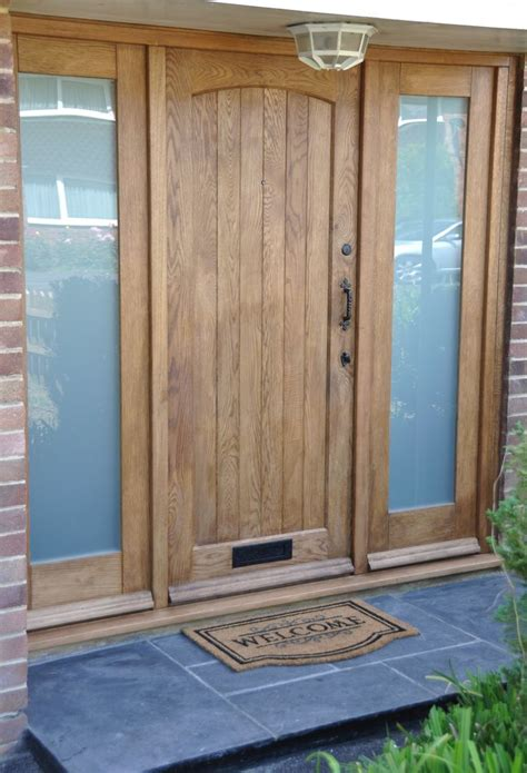Oak Exterior Doors 17 Best Images About Front Doors On Bespoke Solid Oak Doors And Door With Window