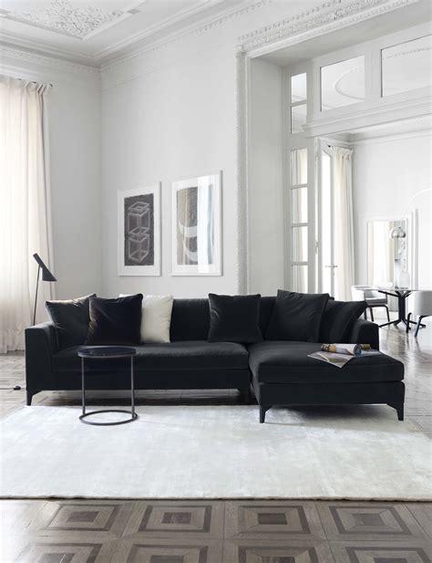 meridiani  lewis  modular sofa  peck  table  lalit