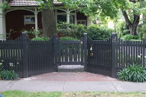 Rustic Picket Fence Gate ? Home Ideas Collection : How To