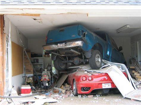 Car Crash Garage weirdest car crashes in the world showautoreviews
