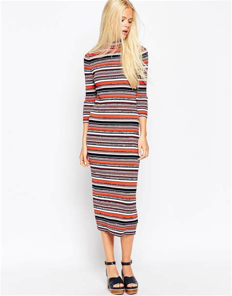 Dress Stripe beckham changes into stripe midi dress after new