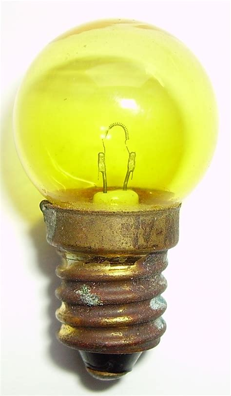 What Is A Type A Light Bulb File Low Voltage Light Bulb Jpg Wikimedia Commons