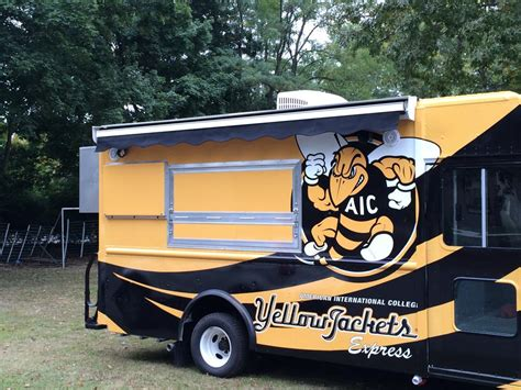 Truck Awning by Retractable Awnings On Food Trucks The Awning Warehouse