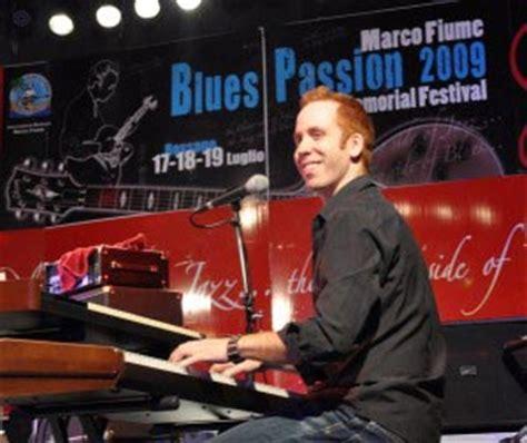 tutorial keyboard blues blues piano tutorial free video how to play big blues licks