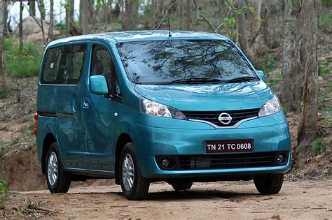 nissan evalia launched at rs 8 49 l car news mpv muvs