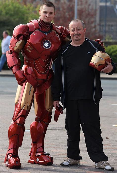 stunning cardboard iron man suit real pic fanboy