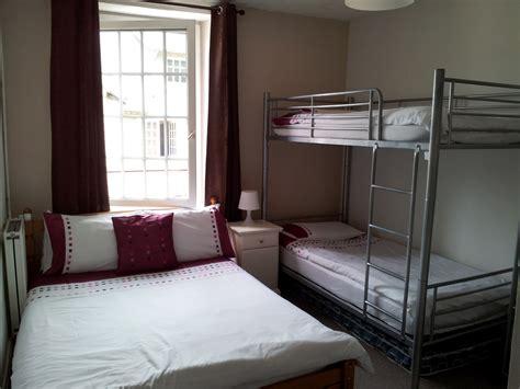 chambre pour 4 personnes o 249 dormir pr 232 s du mont michel femin elles