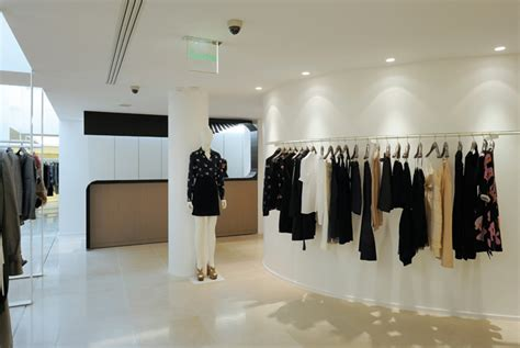 Changing Closets Victor Ny by Hangers 187 Camra S Camra Info