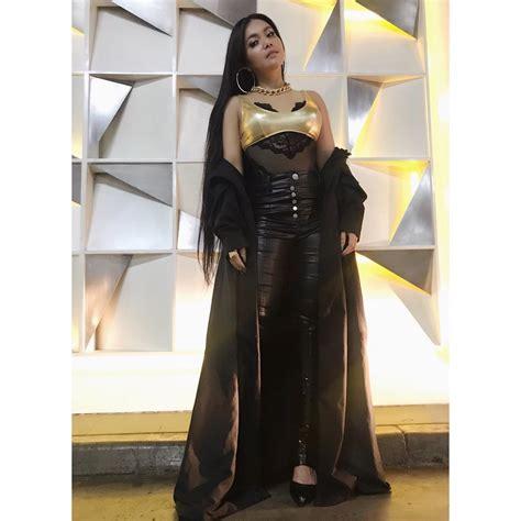 Denada Dress Cardi by 13 Potret Terbaru Denada Yang Quot Fierce Quot Bak Nicki Minaj