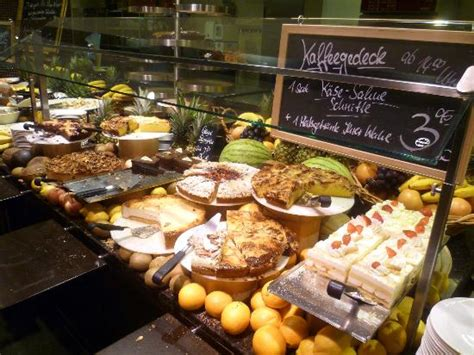 gro 223 e auswahl picture of le buffet munich tripadvisor