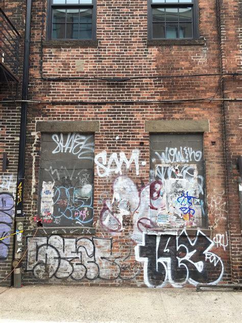 graffiti  ny art  vandalism sights  sam