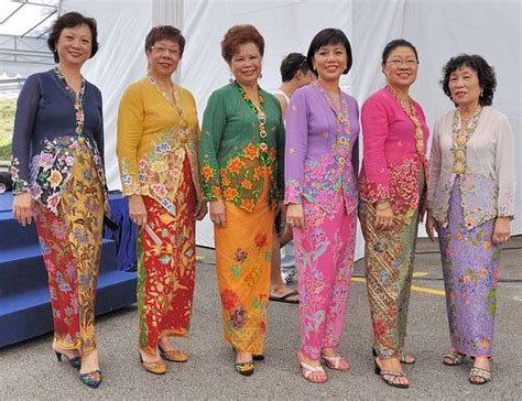 Kebaya Diamont Strait 870 best images about peranakan on mansions