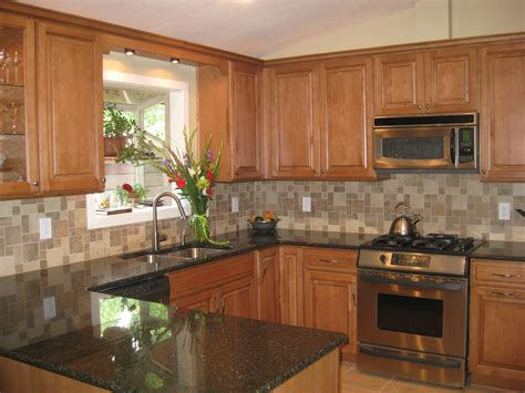 maple kitchen cabinets with granite countertops light maple kitchen cabinets with granite countertops