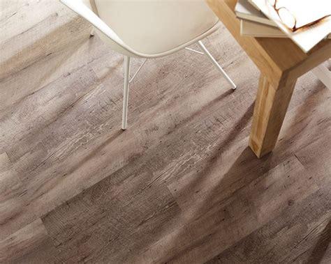 piastrelle in pvc prezzi pavimento pvc effetto legno pavimentazioni
