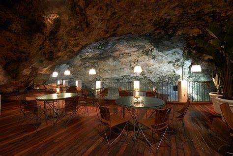 the cliff restaurant italy grotta palazzese amazing italian restaurant carved into a