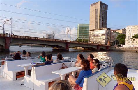 catamaran recife passeio de catamaran pelo rio capibaribe para viagem