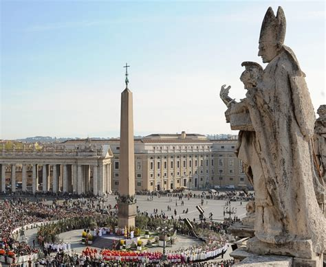 Luxury Home Design Trends st peter s square to be restored pursuitist