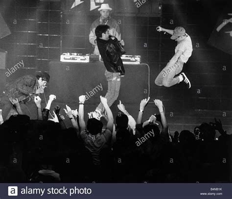 music news hip hop rock pop and more mtv news beastie boys american pop group rap on stage 1987 at