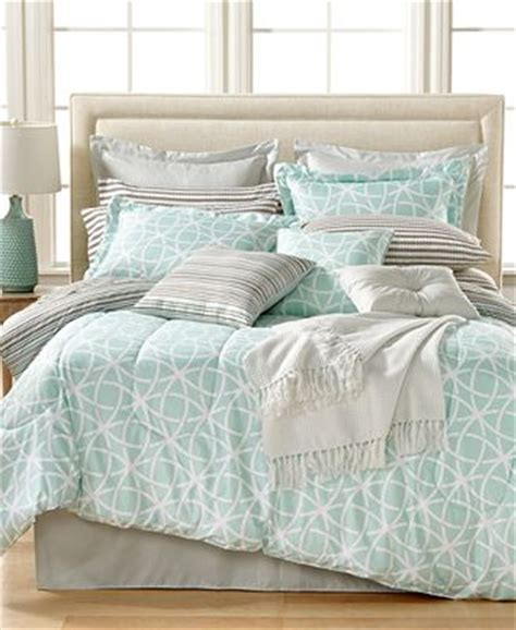 closeout cascade 16 pc reversible comforter sets bed