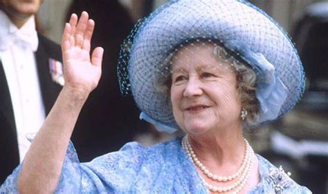 queen mother royal family furious at nonsense book about the queen