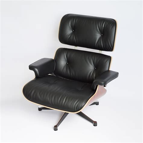 Eames Lounge Chair Palisander by Vitra Eames Lounge Chair Ottoman Palisander Midmodern De