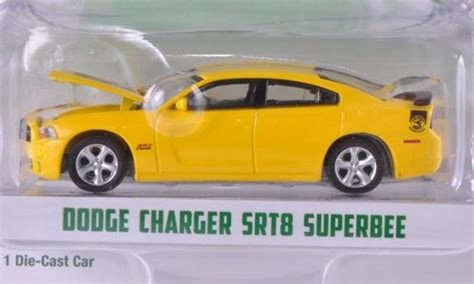 Miniatur Kue Cars By Bee dodge charger srt8 superbee yellow black 2012 greenlight