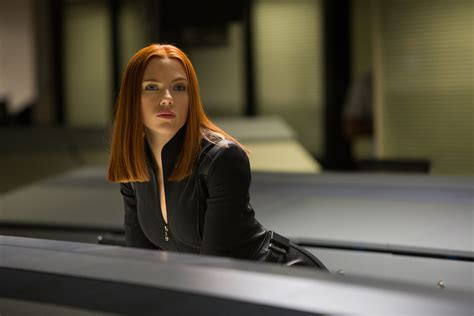 film marvel scarlett johansson marvel s age of ultron trailer what s with the