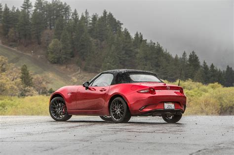 mazda sporty cars 2016 mazda mx 5 miata coupe sporty wallpaper cars tuneup