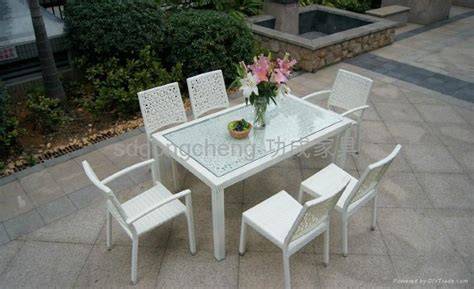 white aluminum patio furniture 2013 aluminum white pe rattan sofa set gongcheng