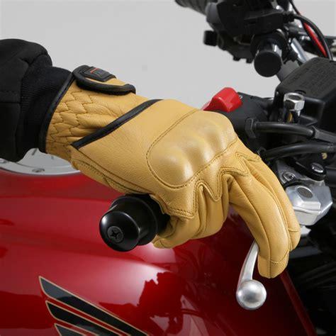 Segi Empat Irwan wajib pakai sarung tangan di perancis mekanika