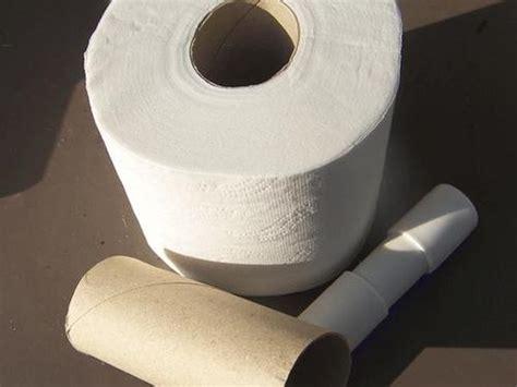 comment faire une toilette complete au lit comment fabriquer un d 233 rouleur de papier toilette avec un