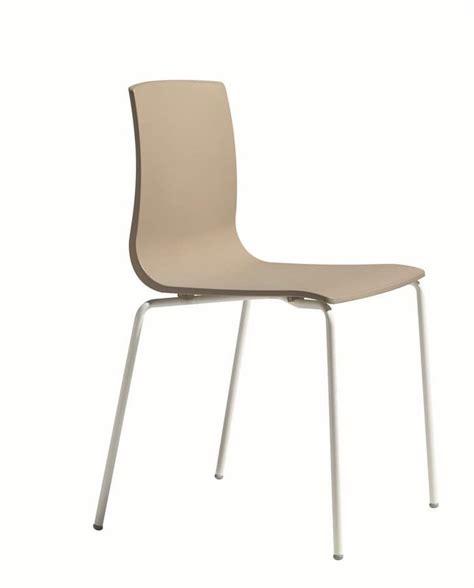 Stuhl Mit Metallbeinen by Stuhl Mit Struktur Aus Metall F 252 R Haus Stuhl Aus Techno