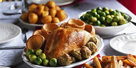 cheap christmas food co op launches christmas dinner that costs just 163 2 50 per person huffpost uk