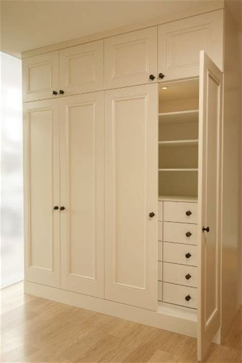 Build A Wardrobe Closet From Scratch by 25 Best Ideas About Build In Wardrobe On