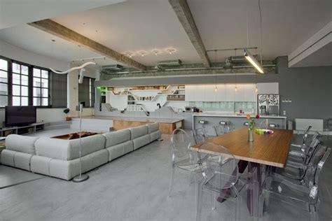 Wohnung Loft by Ger 228 Umige Und Helle Loft Wohnung Im Herzen Der Gro 223 Stadt