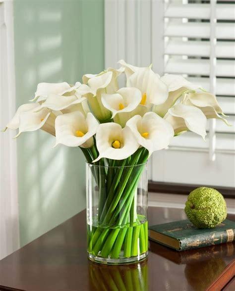 Bunga Palsu Plastik Artifisial 4 artificial flowers in vase with water australia vase artificial flowers