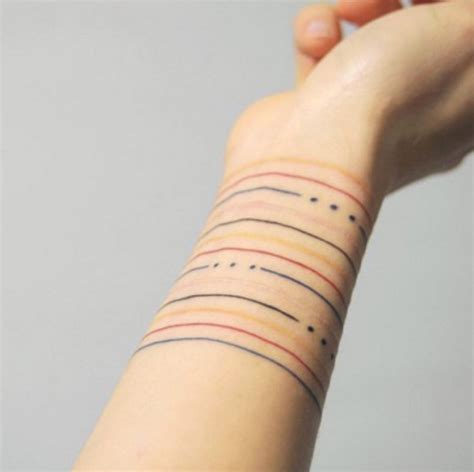 picture of colorful geometric lines