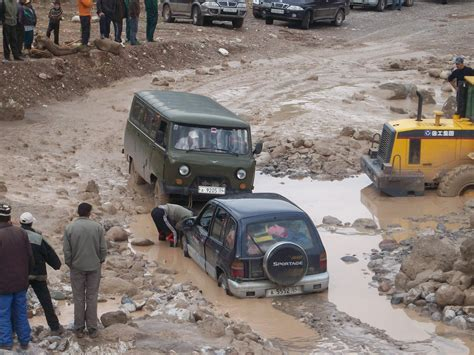stuck auf file stuck in a river crossing in darvoz tajikistan jpg