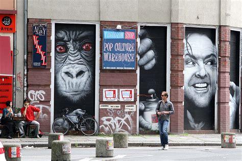 berlin street art tours  local artists