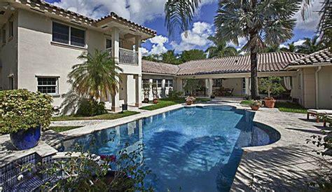 exclusive miami heat s birdman lands new house in