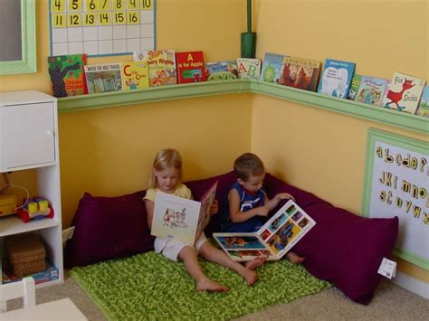 reading corner 25 best ideas about preschool reading corner on pinterest