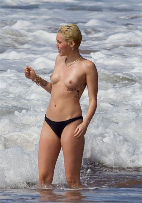 American Singer Songwriter And Actress Miley Cyrus Topless From Hawaii