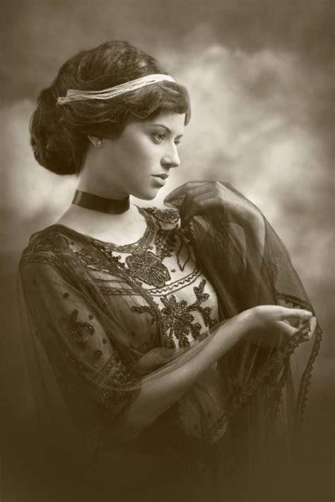 retro photos romantic shabby vintage ladies pinterest