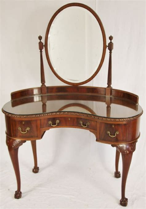 pulaski edwardian wood makeup vanity table for the home 17 best images about edwardian furniture on pinterest