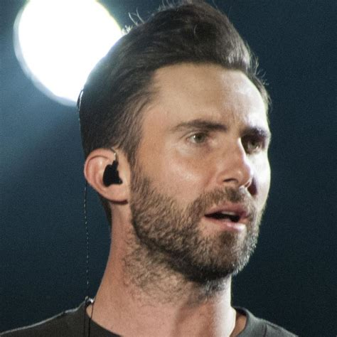 adam levine eye color adam levine bio net worth height facts dead or alive